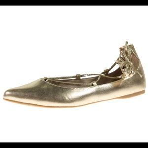 Steve Madden Eleanorr metallic gold flats